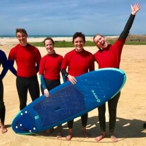Alquiler de tabla de surf para principiante Conil el Palmar